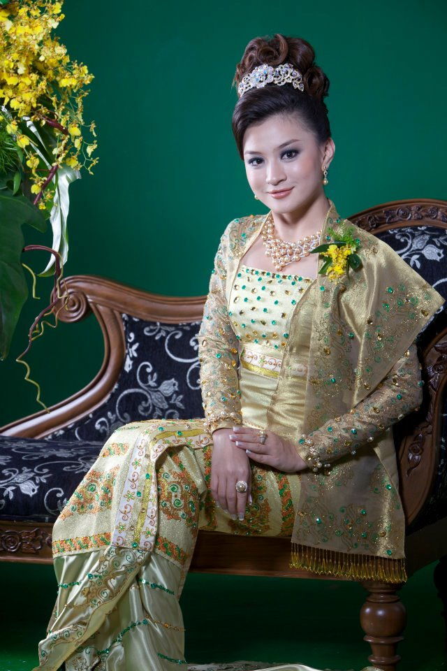 wutt hmone shwe yi myanmar model photos videos fashion